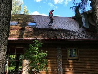 Помыть и обработать крышу из мягкой черепицы